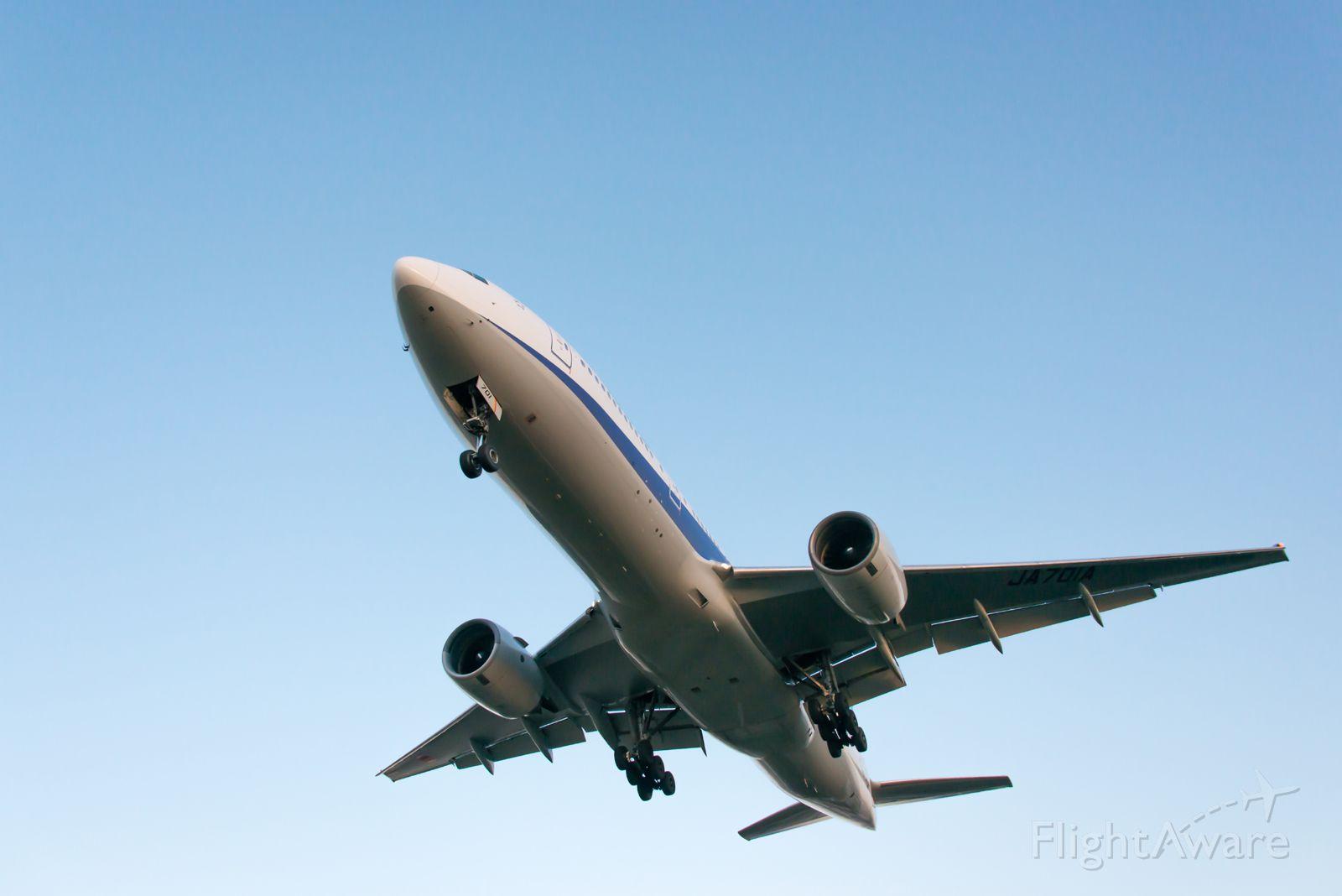 Boeing 777-200 (JA701A)