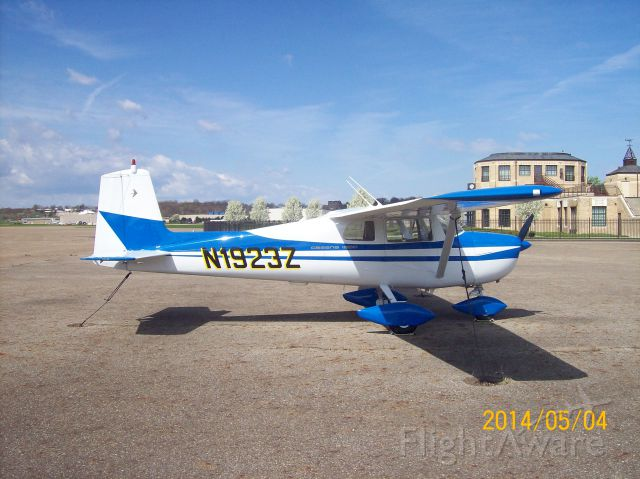Cessna Commuter (N1923Z)