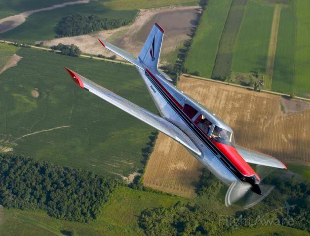 Piper PA-24 Comanche (N64400)