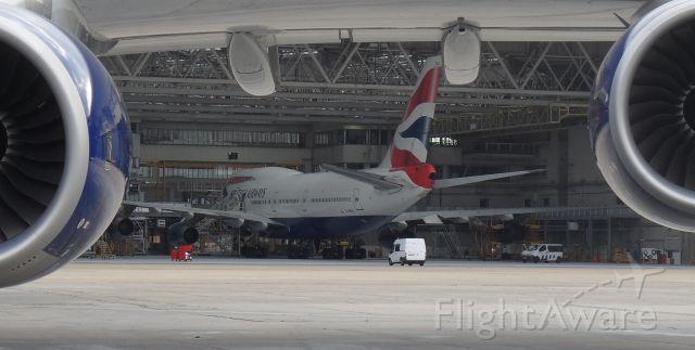 Boeing 747-200 (G-BNLV)