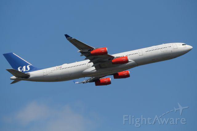 Airbus A340-300 (LN-RKG)