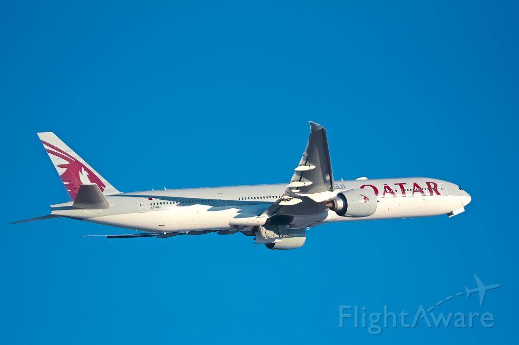 Boeing 777-200 (A7-BEF)
