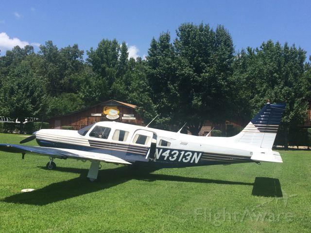Piper Saratoga (N4313N) - Gaston