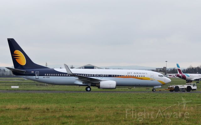 Boeing 737-800 (A6-FDE) - jet airways b737-8 a6-fde at shannon 26/10/17.