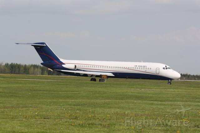 McDonnell Douglas DC-9-30 (N205US) - Departing CYXU for KYIP