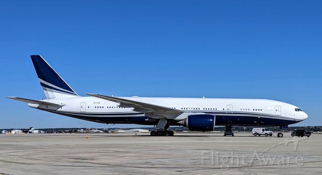 Boeing 777-200 (N777UK) - Here for a few weeks for MX