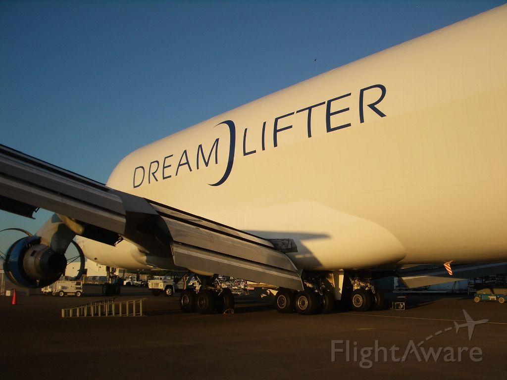 Boeing Dreamlifter (N747BC)