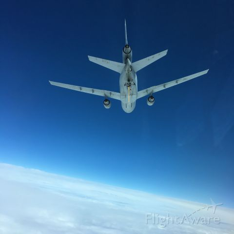 McDonnell Douglas DC-10 — - A USAF KC-10 flies 8BA during refueling with a C-17 aircraft.