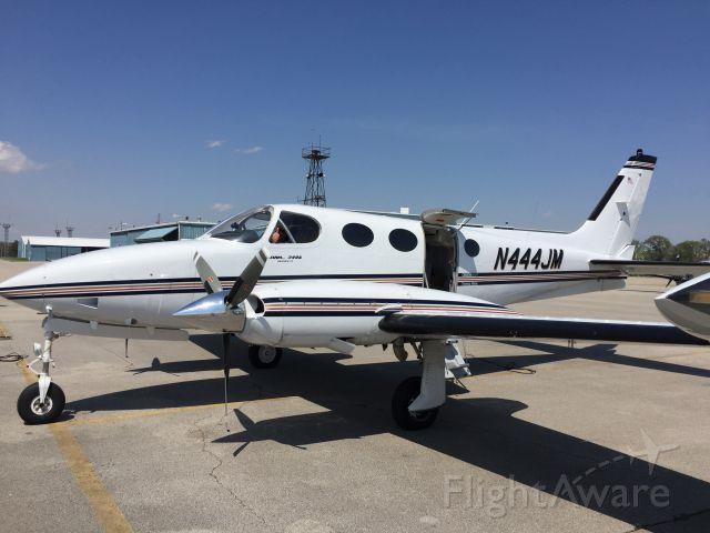 Cessna 340 (N444JM)