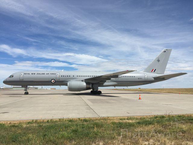 Boeing 757-200 (ANZ7571)