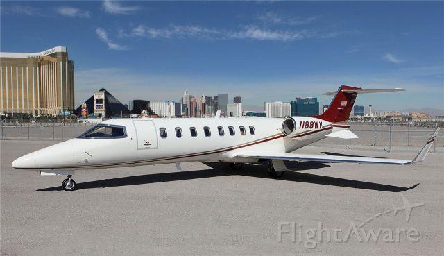 Learjet 45 (N88WV) - Vegas Strip in background