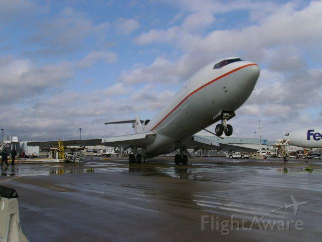 Boeing 727-100 (N801EA) - Wind storm damage.