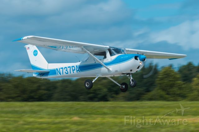 Cessna Commuter (N737PA) - Cessna 150M N737PA taking off after the AOPA fly-in breakfast at KPYW in September of 2020.