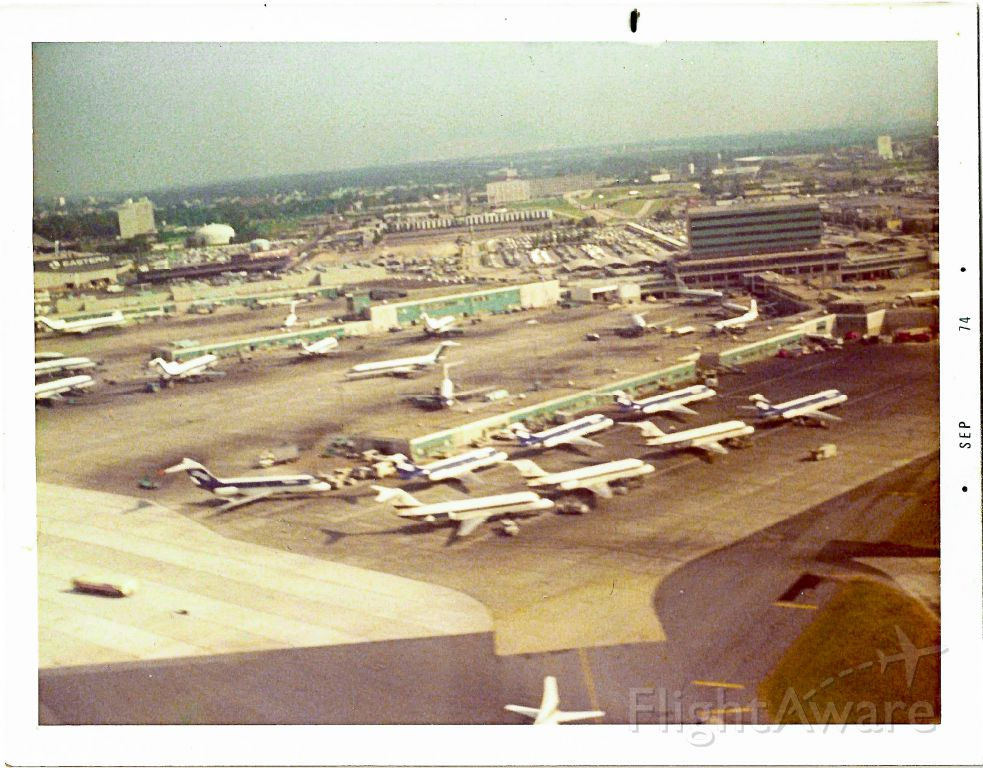 — — - Departing ATL, a 1974 view of the very busy SO concourse! For those that want to know, this was out the window of an NW 720B heading to MSP.