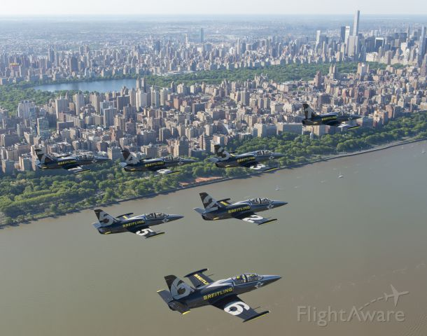 Aero L-39 Albatros — - Breitling Jet Team in NYC