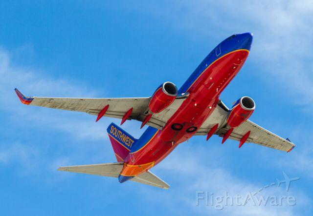 Boeing 737-700 (N401WN)