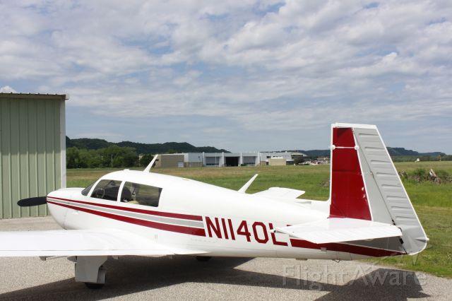 Mooney M-20 (N1140L)