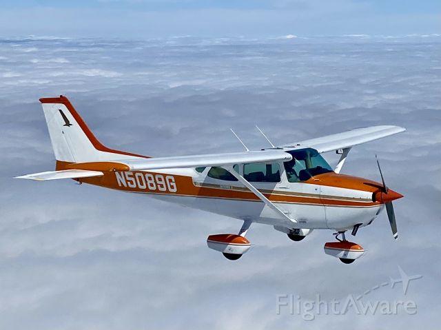 Cessna Skyhawk (N5089G)
