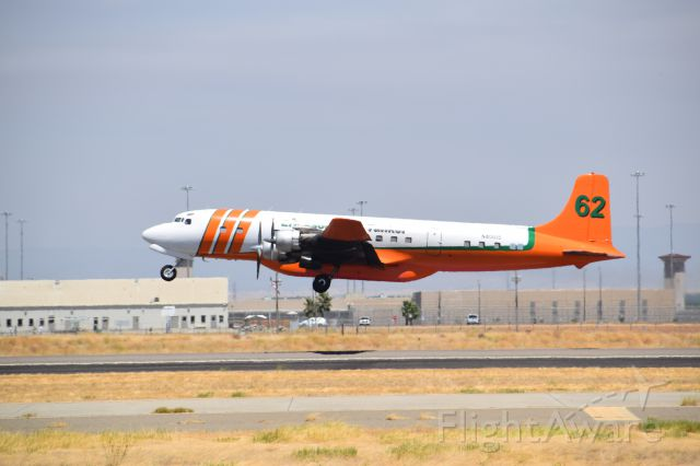 N401US — - Erickson Aero Tanker 62, Detwiler fire operations at Castle Airport, July 19 2017.