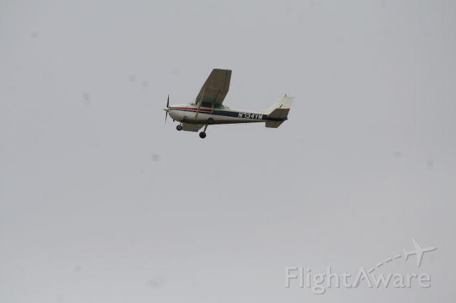 Cessna Skyhawk (N734YM)