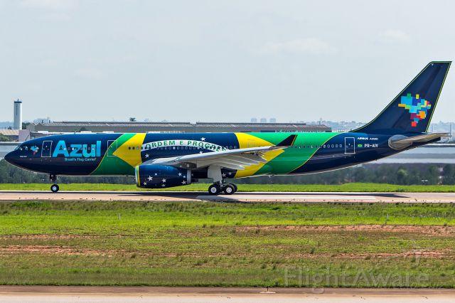 Airbus A330-200 (PR-AIV) - Azul Linhas Aereas (Brazilian Flag Livery) - Airbus A330-243<br />Registration: PR-AIV<br /><br />Campinas (VCP) / Lisbon (LIS)<br /><br />Fotografia: Marcelo Luiz
