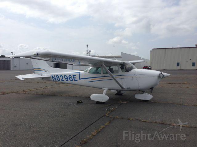 Cessna Cutlass RG (N8296E)