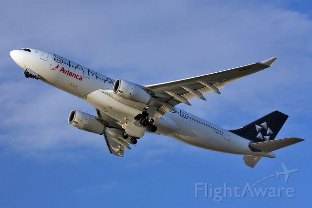 Airbus A330-200 (N279AV)