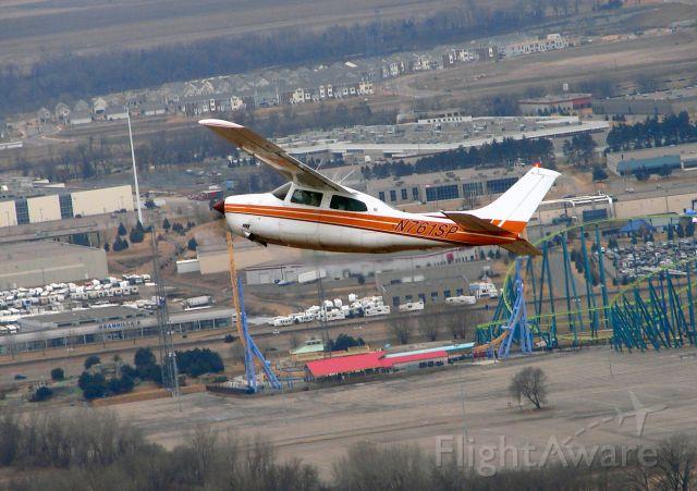 Cessna Centurion (N761SP) - N761SP departing FCM flying past Valley Fair Amusment park.
