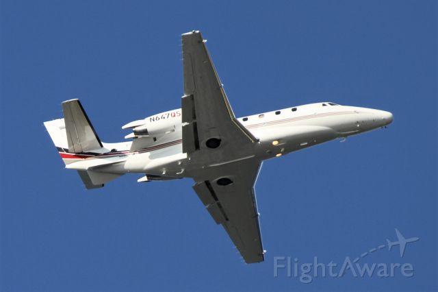 Cessna Citation Excel/XLS (N647QS) - Over Mercer Island, WA