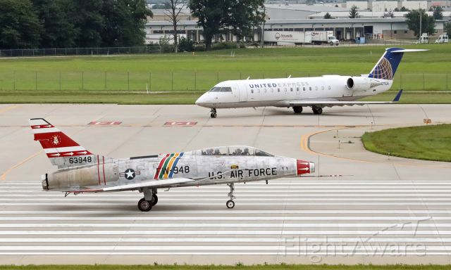 North American Super Sabre (N2011V) - getting ready for takeoff