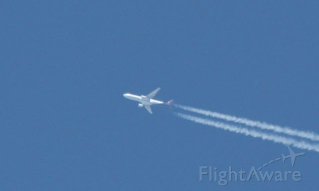 Airbus A330-300 (OO-SFW) - Flying over BOS heading to JFK