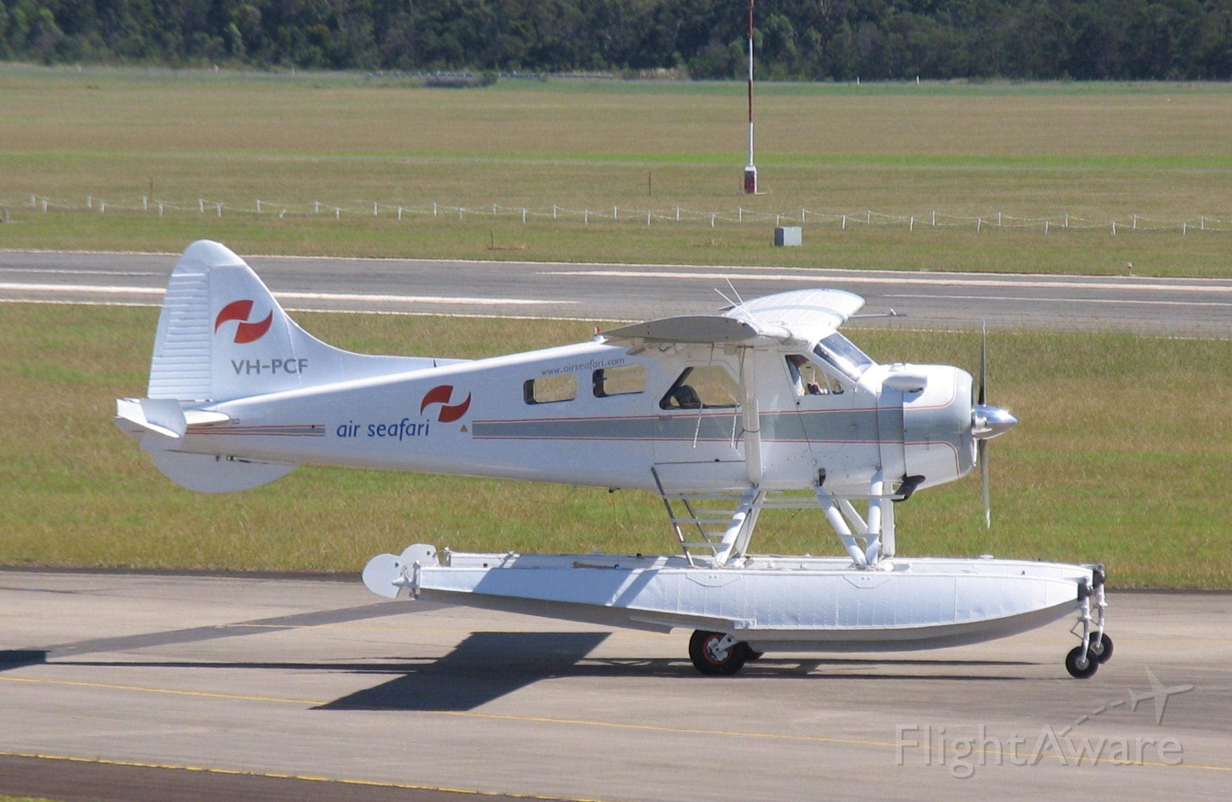 De Havilland Canada DHC-2 Mk1 Beaver (VH-PCF) - de Havilland Canada DHC-2 Mk.I Beaver<br />Manufactured in 1959, Canada<br />Photo: 26.03.2006