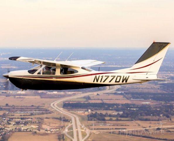 Cessna Cardinal (N177DW) - N177DW, a C177RG shown flying level alongside photo ship.