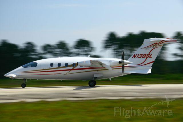 Piaggio P.180 Avanti (N139SL) - Takeoff roll from Kcrg