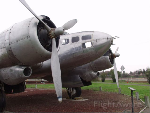 — — - Really cool WWII plane