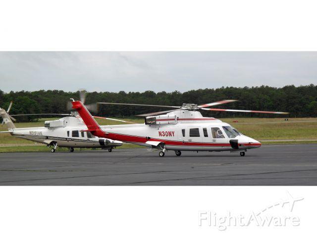 Sikorsky S-76 (N30NY)