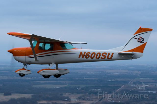 CHERNOV Che-15 (N600SU) - Air-to-air with N600SU, taken from a Carbon Cub north of SWO.