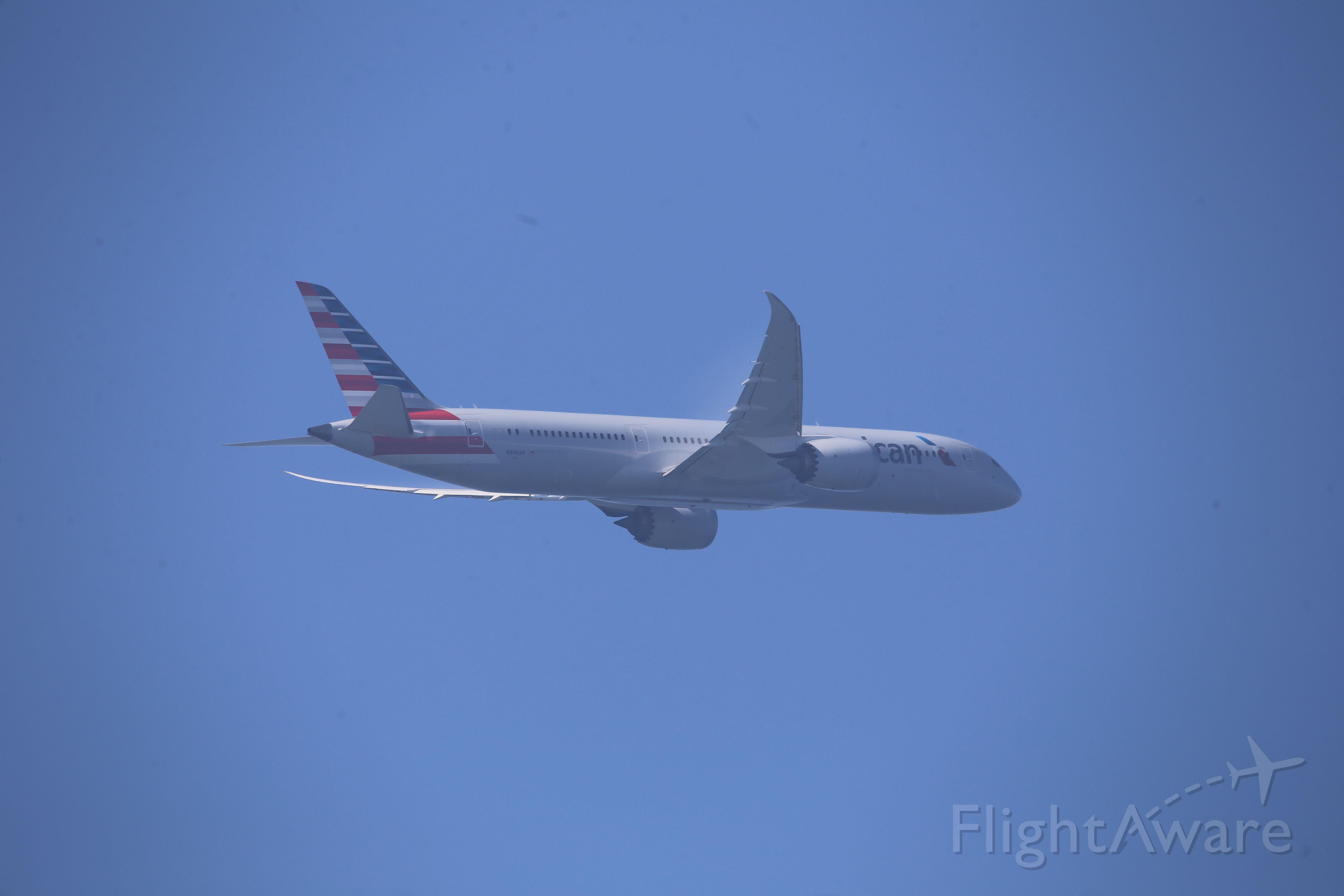 Boeing 787-9 Dreamliner (N840AN)