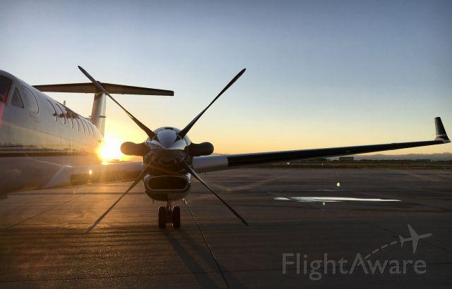 Beechcraft Super King Air 350 — - Modern-Aviation Ramp