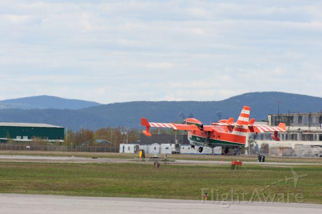 Canadair CL-415 SuperScooper (C-FOFI)