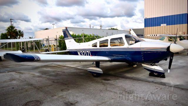 Piper Cherokee (N32171)