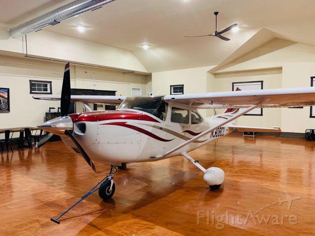Cessna Skylane (N308CL) - 308CL tucked away in its new hangar.