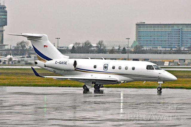 Embraer Legacy 450 (C-GASE)