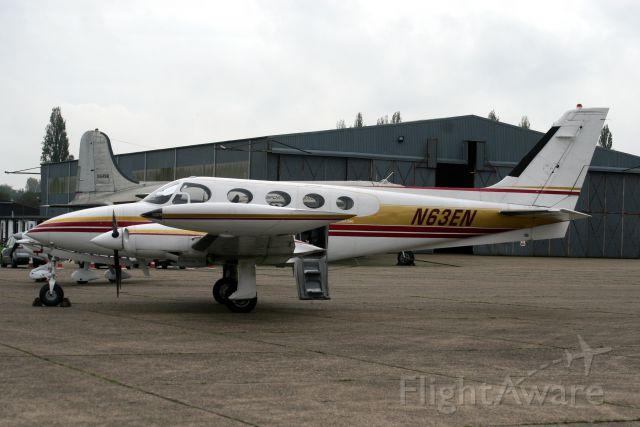 Cessna 340 (N63EN) - 15-Oct-14.