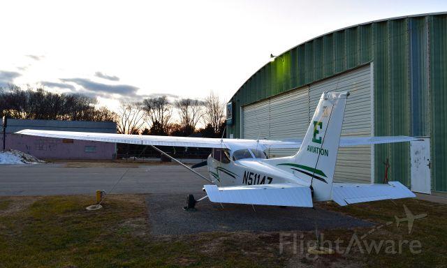 Cessna Skyhawk (N5114Z) - EMU Aviation Cessna 172S N5114Z in Toledo Suburban