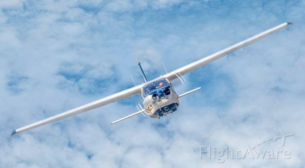Cessna 177RG Cardinal RG (N25RT)