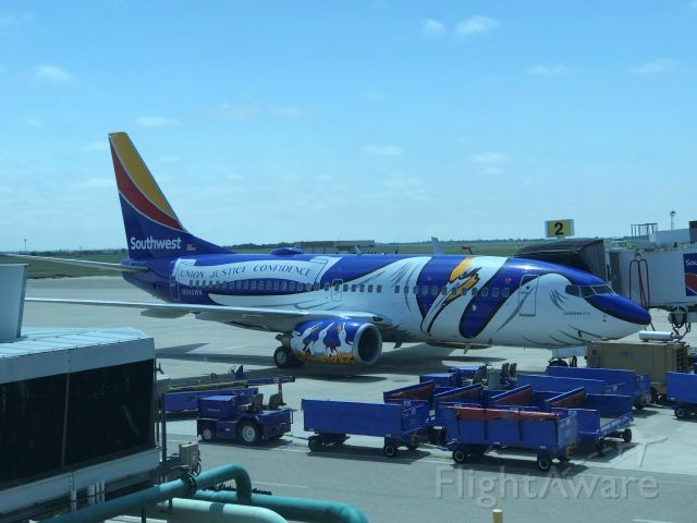 Boeing 737-700 (N946WN) - Louisiana One visits CRP on another beautiful day in paradise.
