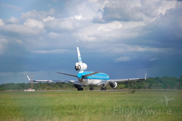 Boeing MD-11 (PH-KCH) - Turning on The Runway
