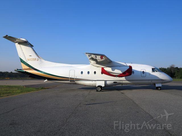 Fairchild Dornier 328JET (N425FJ)