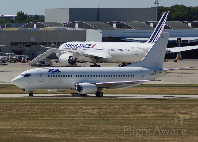 BOEING 737-300 (F-GIXT)